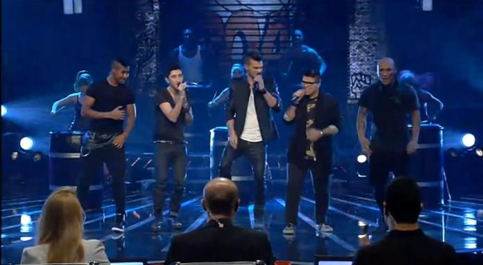 """I """"Fusion"""", finalisti di X Factor Israel (foto Reshet/Falafel Cafè)"""